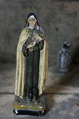 Vintage statue of saints — Stock Photo