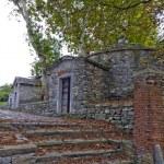 Anciente ice house XVII, Varese , Italy — Stock Photo