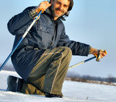 Nordic walking in the winter snow — Stockfoto