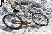 Bicycle in the snow — Stock Photo