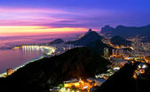Night view of Copacabana beach and Botafogo in Rio de Janeiro — Stock Photo