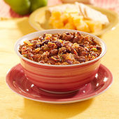 Bowl of chili with beans and beef — Stock Photo