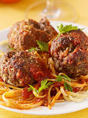 Spaghetti and meatball dinner — Stock Photo