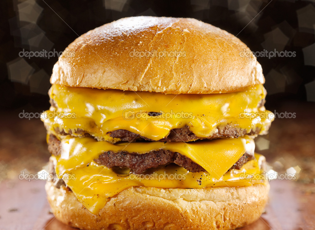 depositphotos_8627783-Big-cheeseburger-w