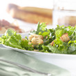 Leafy green salad with croutons — Stock Photo #8634636
