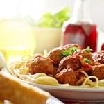 Hearty spaghetti dinner — Stock Photo #8638726