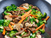Overhead view of colorful stirfry — Stock Photo