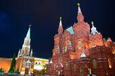 州立歴史博物館の夜景。赤の広場、モスクワ、ロシア — ストック写真