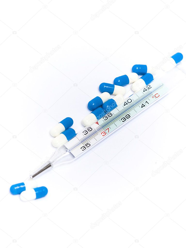 Thermometer and drugs on a white background — Stock Photo #8094484