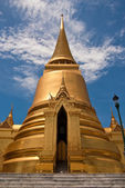 Thai Stupa in Grand Palace — Stock Photo