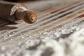 Rolling pin and flour — Stock Photo