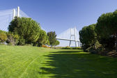 Vasco da Gama bridge garden — Stock fotografie