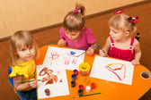 Painting class for little girls — Stock Photo