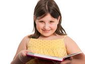 快乐阅读的女孩 — 图库照片