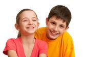 Dwoje dzieci roześmiany — Zdjęcie stockowe