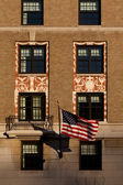 Detail of the Facade of the W Hotel in Washington, DC with Ameri — Stock Photo