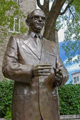 Statue of Jean Drapeau - Montreal Mayor (1916 -1999) — Stock Photo