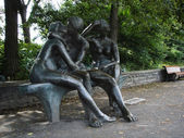 Lover's bench statue - Lea Vivot - Montreal Quebec Canada — Photo