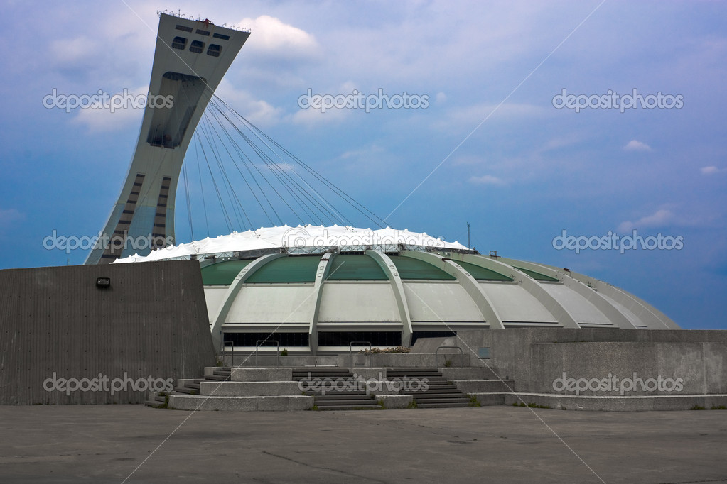 Olympic Stadium from Montreal Quebec Canada — Stock Photo #8128136