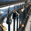Locks on handrail — Stockfoto