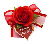Red rose with card-Ich hab Dich lieb — Stock Photo