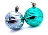 Dos bolas de árbol de navidad decoración — Foto de Stock