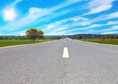 Carretera en campo — Foto de Stock