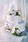 Wedding Cake with Flowers — Stock Photo