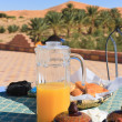 Breakfast in the Desert — Stock Photo