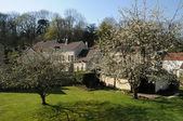 Francia, el pueblo de boisemont en v al d oise — Foto de Stock