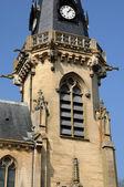 Vigny 教会在 val d 瓦兹 — 图库照片