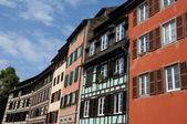 Casa velha no distrito de la petite france em estrasburgo — Foto Stock