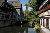 Old house in the district of La Petite France in Strasbourg — Stock Photo