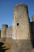 Castle of Villandraut in Gironde — Stock Photo