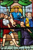 Frankrijk, glasraam in de kerk van les mureaux — Stockfoto