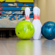 Two bowling balls and three pins — Stock Photo