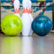 Bowling balls and pins — Stock Photo