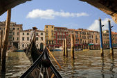 Gondolier on the Grand Canal, Venice — Stock Photo