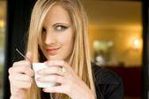 Elegant young blond woman on cofffee break. — Stock Photo