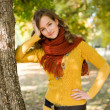 Gorgeous fall fashion girl. — Stock Photo