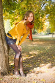 Colorful fall fashion woman. — Stock Photo