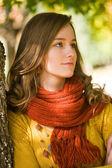 Closeup portrait of gorgeous young burnette woman. — Stock Photo