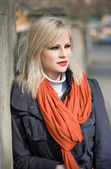 Fashionable young blond outdoors. — Стоковое фото