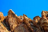 Gros rochers pointus — Photo