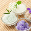 Bath salt with flowers — Stock Photo