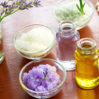 Bath salt with aromatherapy oil — Stockfoto