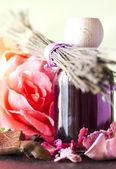 Květiny kytice esenciální olej — Stock fotografie