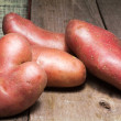 Raw red potato — Stock Photo