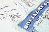 Cartes de secruity social avec des déclarations. — Photo