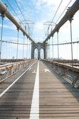 在纽约的布鲁克林大桥 — 图库照片